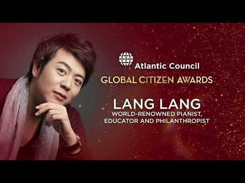 Global Citizen Awards 2017 - Victor Chu and Mr. Klaus Schwab and Lang Lang Performance