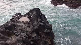Tinnutus Treatment- Sounds of Splash in Atlantic Ocean (short clip)