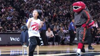 Dance Battle! Little Girl vs. Mascot - Toronto Raptors - Click to see who Wins