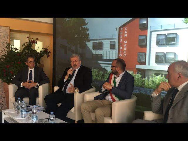 Michele Emiliano, presidente Regione Puglia, a Grottaglie (20 maggio 2019)
