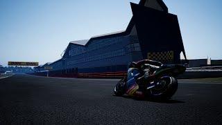 Un tour de Silverstone dans MotoGP 18