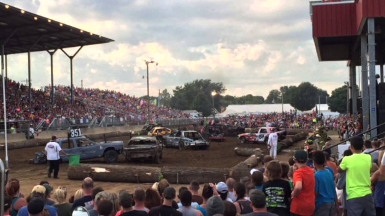 Lochmandy motors runs in elkhart 4h demolition derby 2015 for Lochmandy motors elkhart in