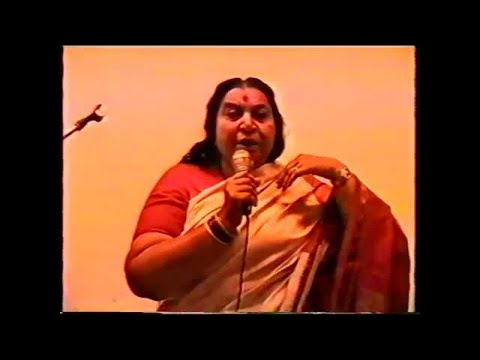 1990-0702 Shri Mataji at doctor's conference, Moscow, Russia
