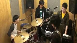 岡山で『少年初期衝動』っていうポップパンクロックバンドやってます!...