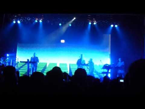 Peek-a-Boo - Devo @ The Paramount Theatre, Huntington, NY 12.17.11