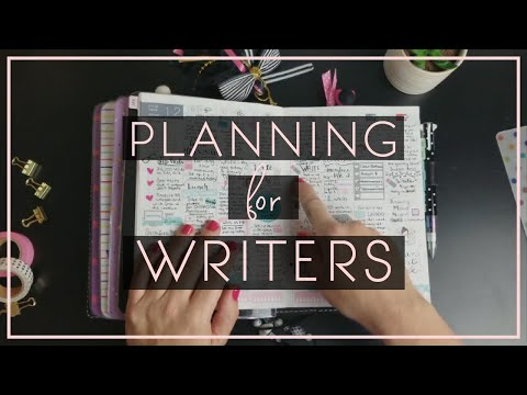 How I Use My Traveler's Notebook and Hobonichi As A Writer