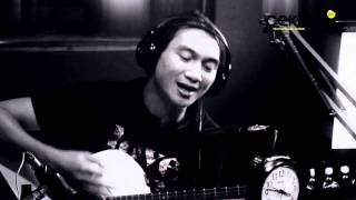 AnjiKekasih TerhebatAcoustic session for Hot Musician