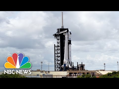 Live: President Trump speaks after successful SpaceX launch | NBC News