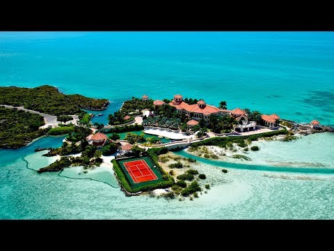 This Man-made Private Island in the Caribbean Is One of the Most Beautiful Homes in the World!
