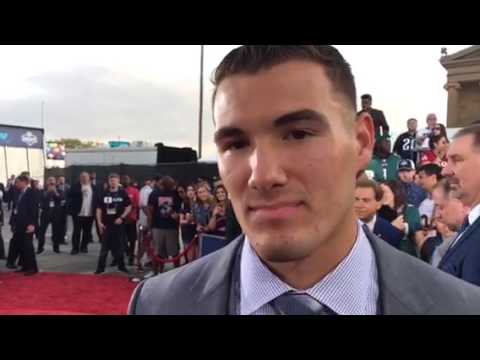 Mitchell Trubisky Chicago Bears NFL Draft QB Red Carpet #NFLDraft