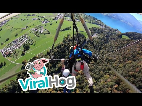 Ken Payne - Hang Glider Holds On For Dear Life After They Forget To Clip In His Harness