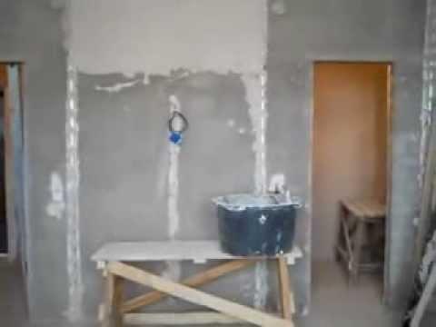 видео: Как правильно штукатурить стены