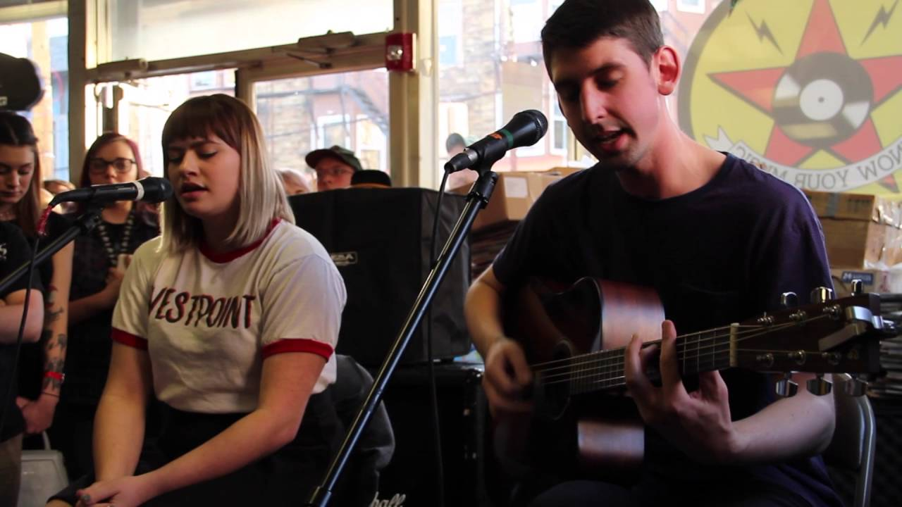 tigers-jaw-carry-you-over-acoustic-feet-first-productions