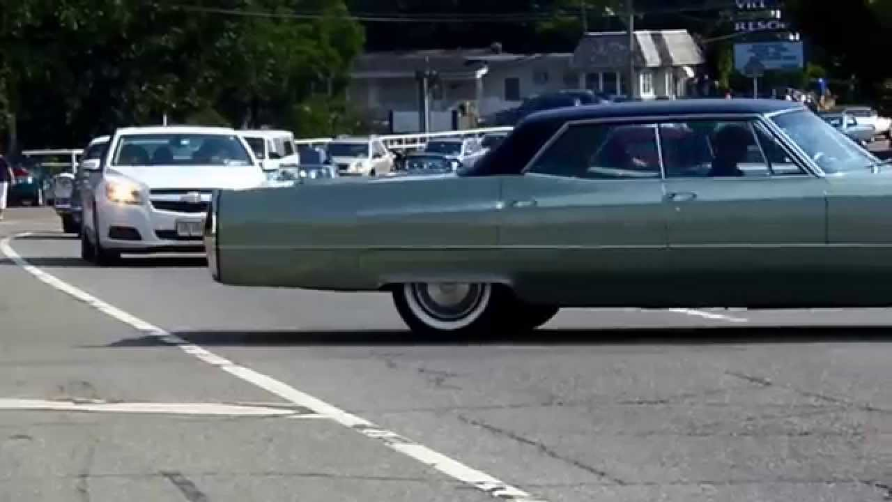 Cadillac and LaSalle Club Grand National Parade 2014 - YouTube