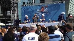 Guy Fieri gives Cowboys fans a DDD scoop