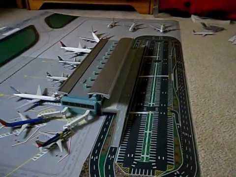 Gemini Jets Airport Terminal And Mat Review Youtube