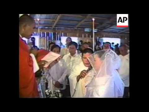 Philippines - Priest gets married