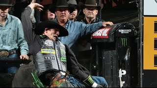 J. B.  Mauney rides Hash Tag for 86.5 points (PBR)