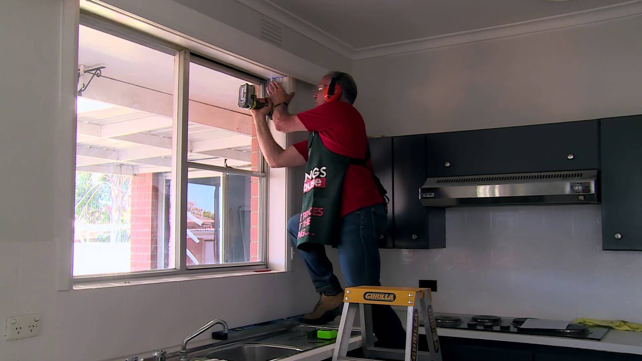 How To Install Venetian Blinds - DIY At Bunnings