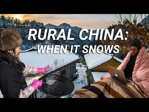 Rural Life in China when it Snows...