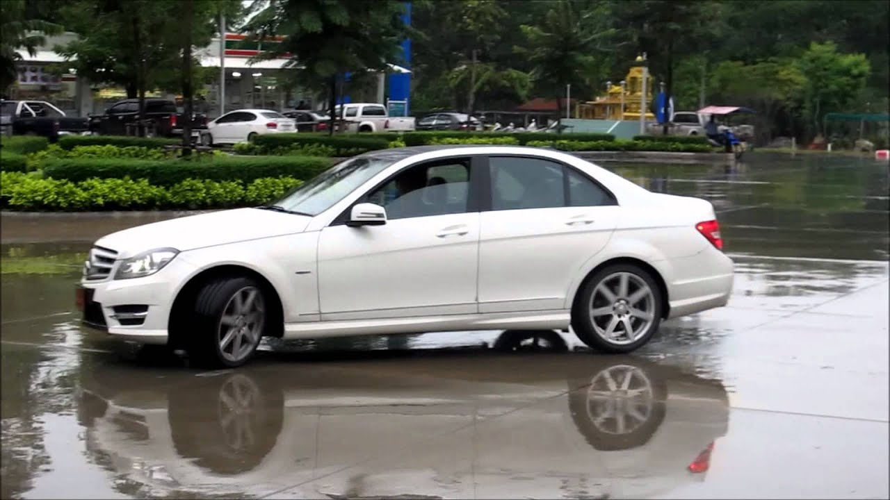 mercedes c class 2012 facelift acceleration revving sound test youtube. Black Bedroom Furniture Sets. Home Design Ideas