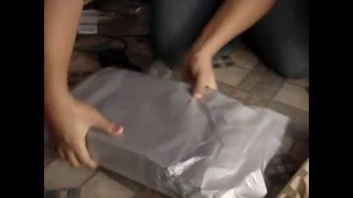 unboxing my PS3 and GUITAR HERO WORLD TOUR