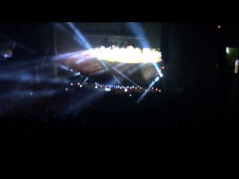 Avicii - Hey Brother (Syn Cole Remix) - Hollywood Bowl