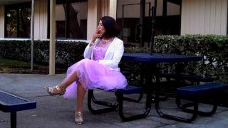Gambar cover ....Crossdresser in lilac party dress 3....