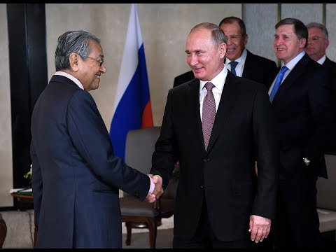 Dr M meets Putin, increase in bilateral trade discussed