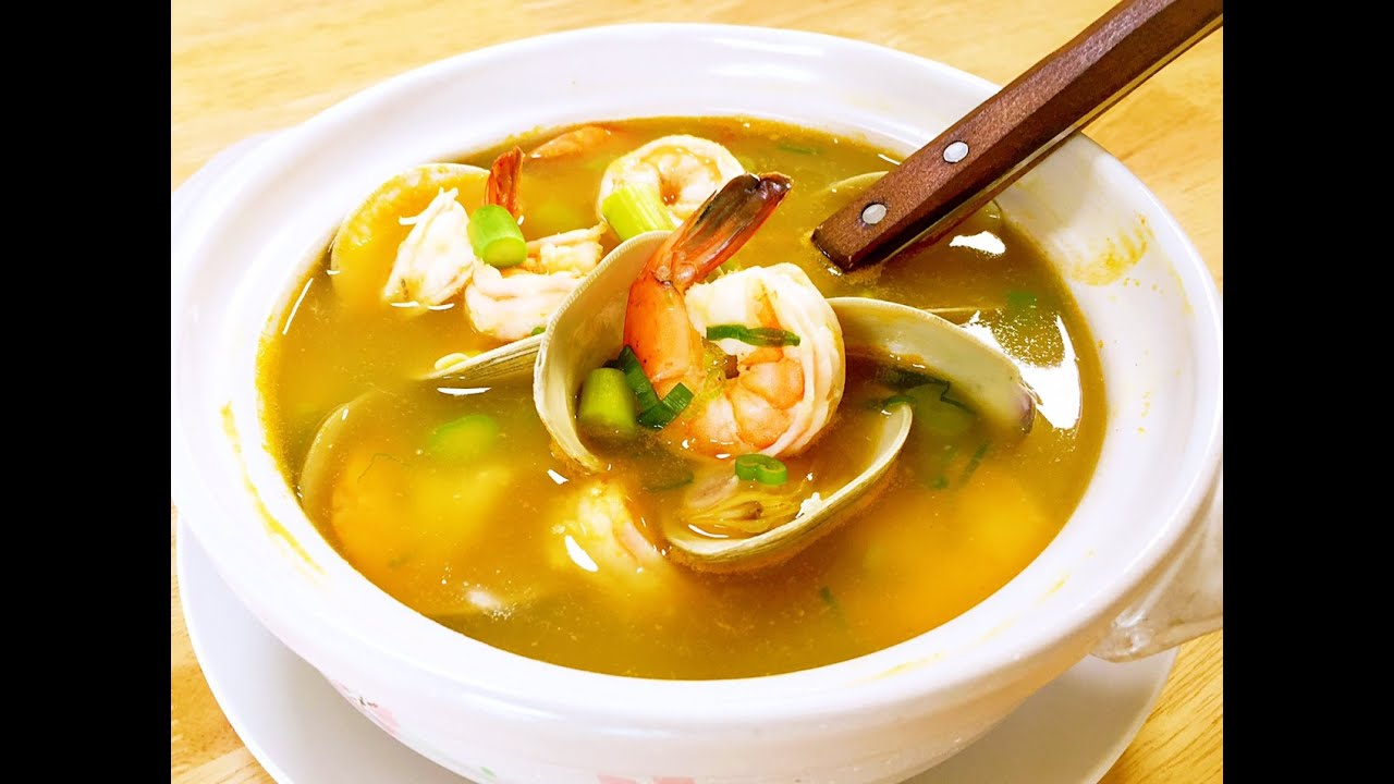 How To Cook Amazing Seafood Soup Cici Li Youtube