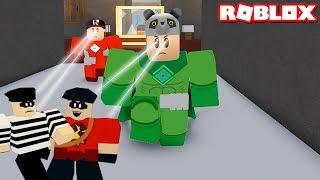 Artık Özel Güçlerimiz Var! Kötüleri Yakaladık - Panda ile Roblox Heroes of Robloxia