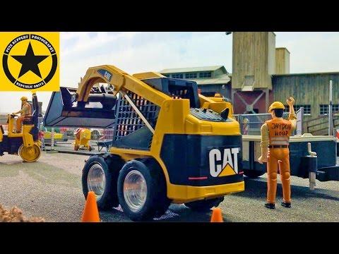 BRUDER TRUCKS For Children👍 RC MINI CAT 236B Skid Steers BOBCAT At CONSTRUCTION Trucks Action