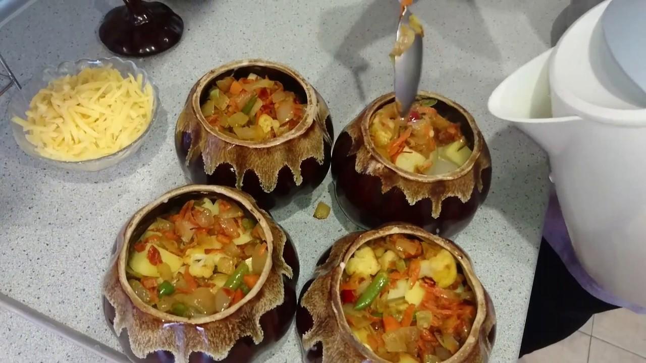 Тушеная картошка в горшочках с мясом и овощами по домашнему