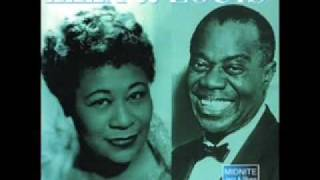 Ella Fitzgerald & Louis Armstrong - April in Paris.