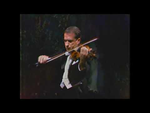 RUGGIERO RICCI, violin.  P. Tchaikovsky - Violin Concerto (Finale)