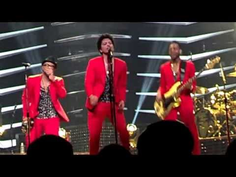 Bruno Mars DC Moonshine Jungle Tour - Runaway Baby 6/22/13