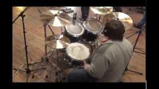 Копия видео Dmitry Prygov - This love (Maroon 5 cover)(http://vk.com/dims46., 2014-11-22T00:13:42.000Z)