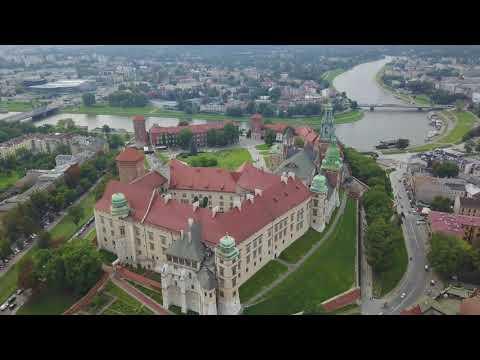 DJI Mavic Platinum Video - Wawel Castle in Krakow Poland