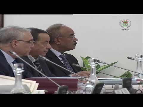 مجلس الوزراء يصادق على مشروعي قانون المالية 2020 و قانون المحروقات