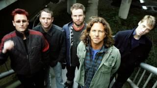 Pearl Jam - Moon