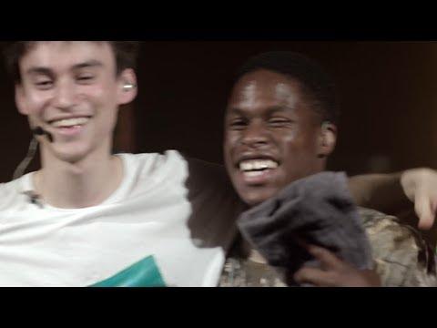 Jacob Collier & Daniel Caesar - Best Part (Live In Toronto)