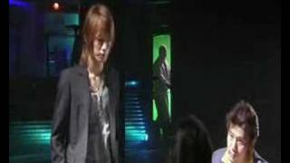 Show me the meaning of being lonely - Akame
