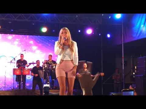 Karina en vivo Parte 1 en el Forum Santiago Del Estero 2017