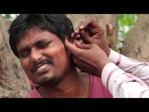 EAR STONES !!! Roadside Ear cleaner in India