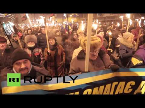 Ukraine: Thousands honour Stepan Bandera with torchlight march through Kiev