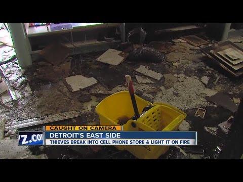 Suspects caught on camera robbing Metro PCS store