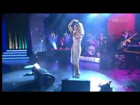Marina and the Diamonds - Primadonna (Live @ The Late Late Show Ireland 27/04/2012)