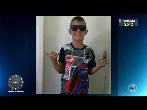 Menino de oito anos é encontrado morto com tiro no rosto no RS | SBT Notícias (20/06/18)