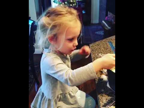Digital Riggs - Little Girl Drops Egg Yolk on Floor After Struggling to Break It