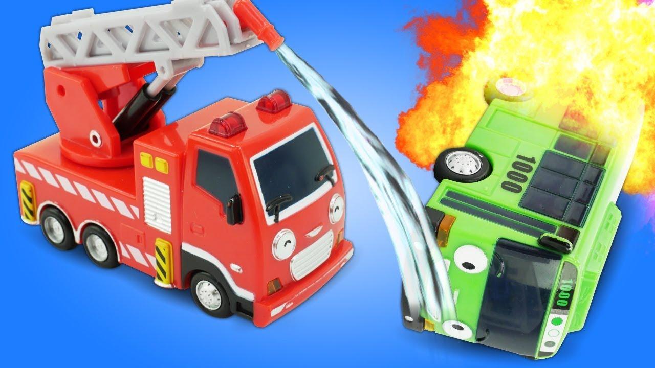 Camiones De Bomberos Vehículos De Servicio Vídeos De Juguetes Para Niños Youtube